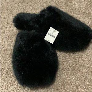 Jcrew fuzzy slippers - NWT